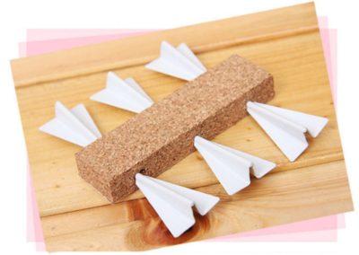 chinchetas-avión-de-papel (7)