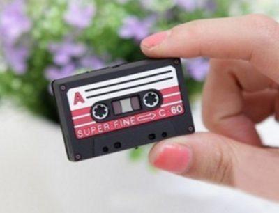 enrolla-auriculares-cassette (7)